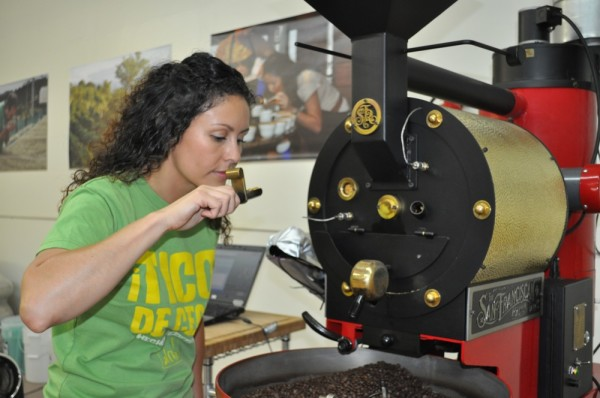 women roasters Mariana Gutierrez of Tico