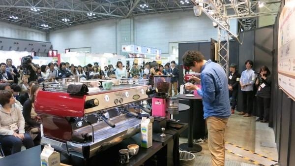 64 Baristas and 150 Lattes at the Inaugural Tokyo Latte Art Championship by Coffee Fest