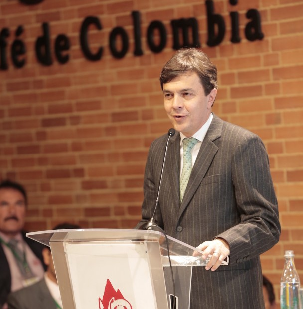 Colombia's FNC to Present Global Economic Accord Based on Farmer Profitability