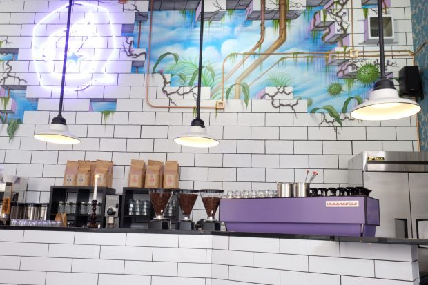 Dark Matter Opens 'Psychedelegant' Meddle Bar in Chicago's West Loop