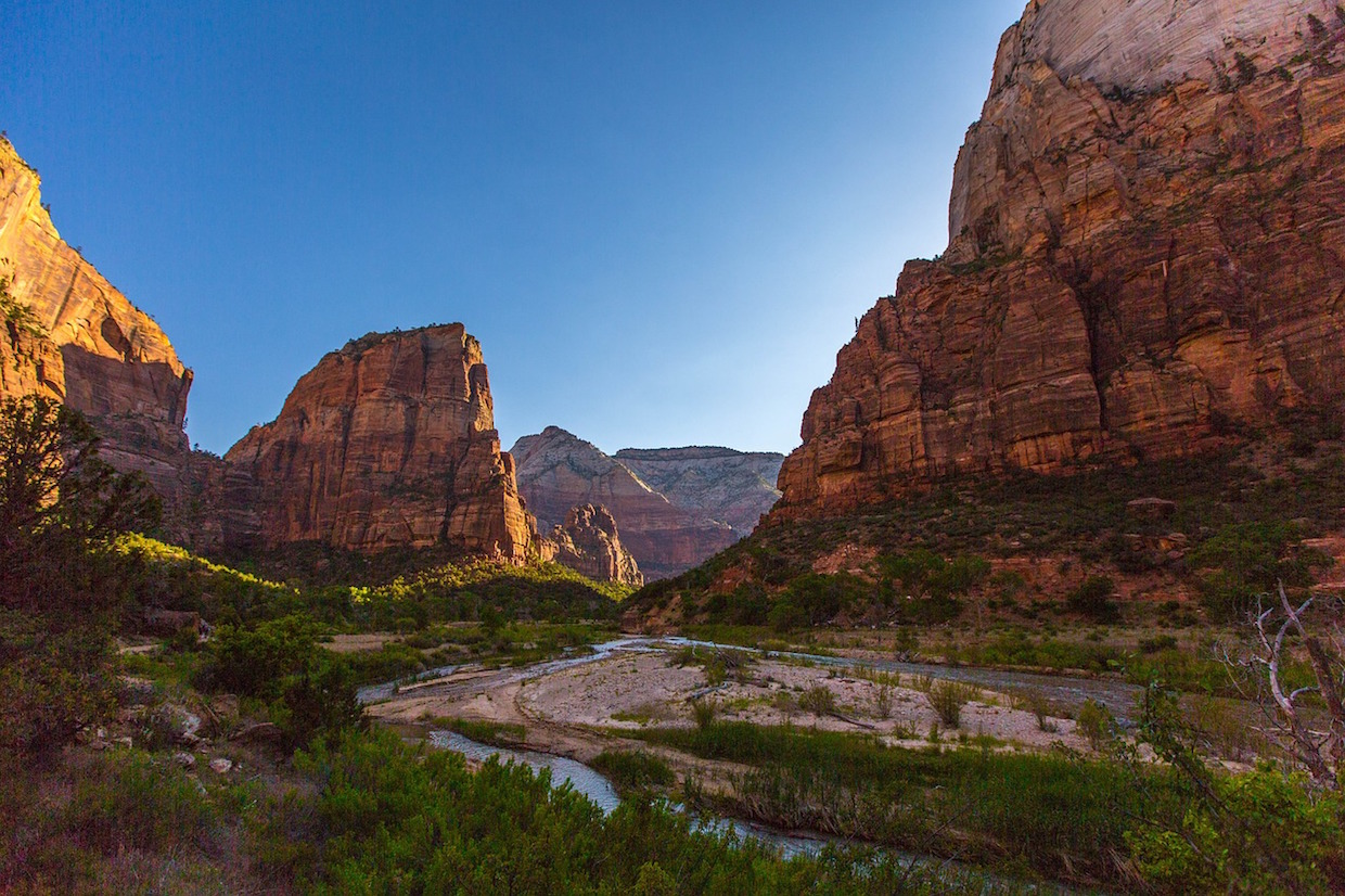 Angels landing zion national parks monuments rock formations