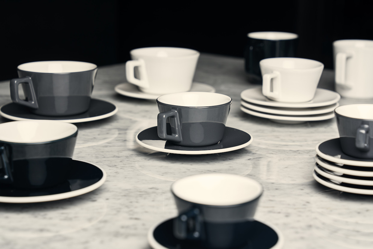 Angle-Collection-Capp.-Cup-Gray