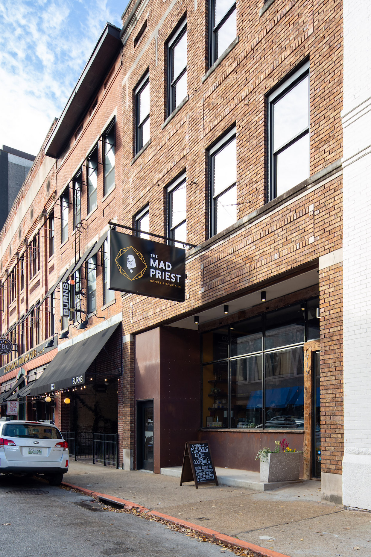 Mad Priest Coffee and Cocktails Chattanooga