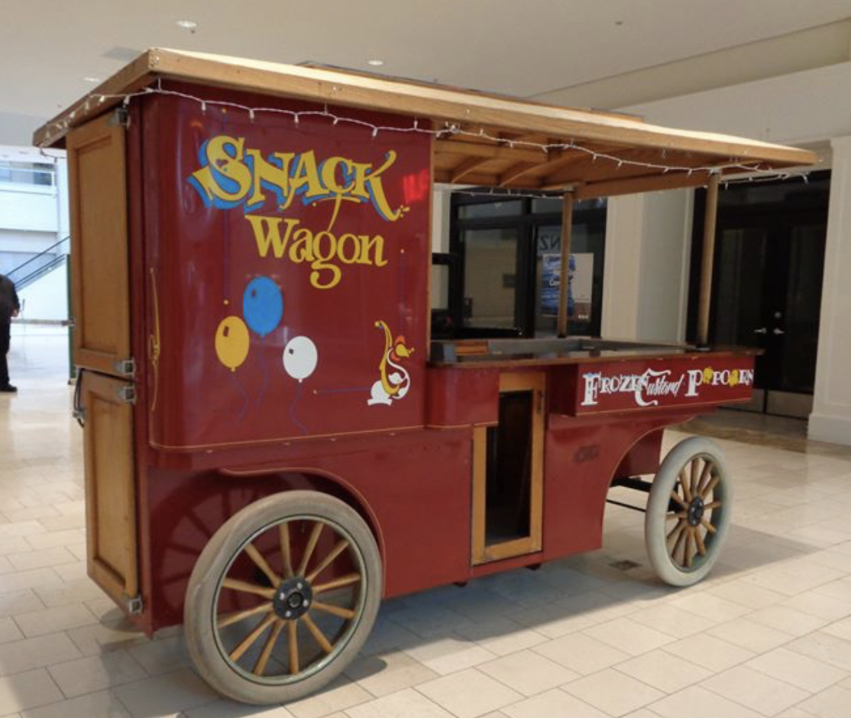owl_eye_snack_wagon