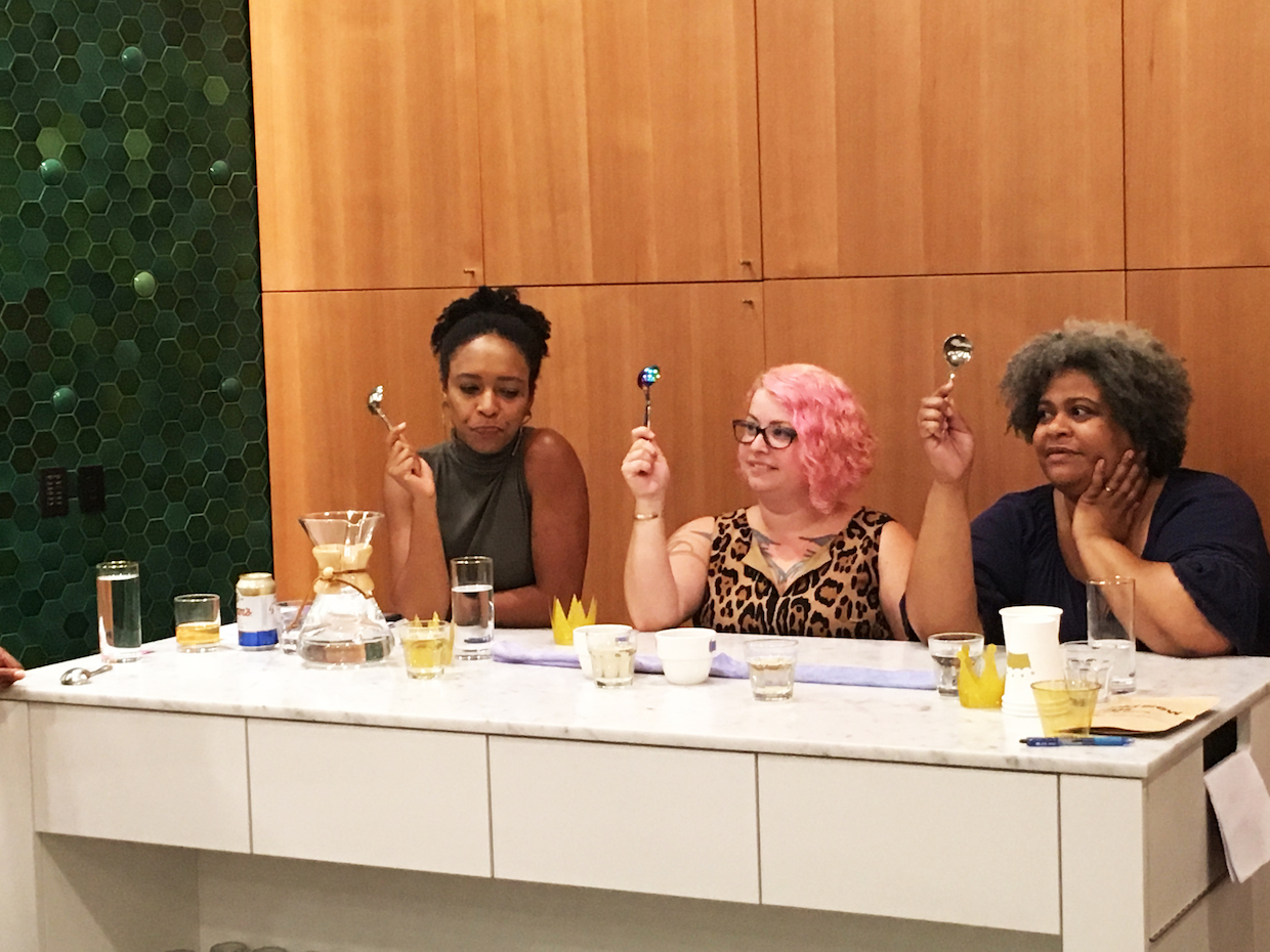 Judges spoons up_ready to choose